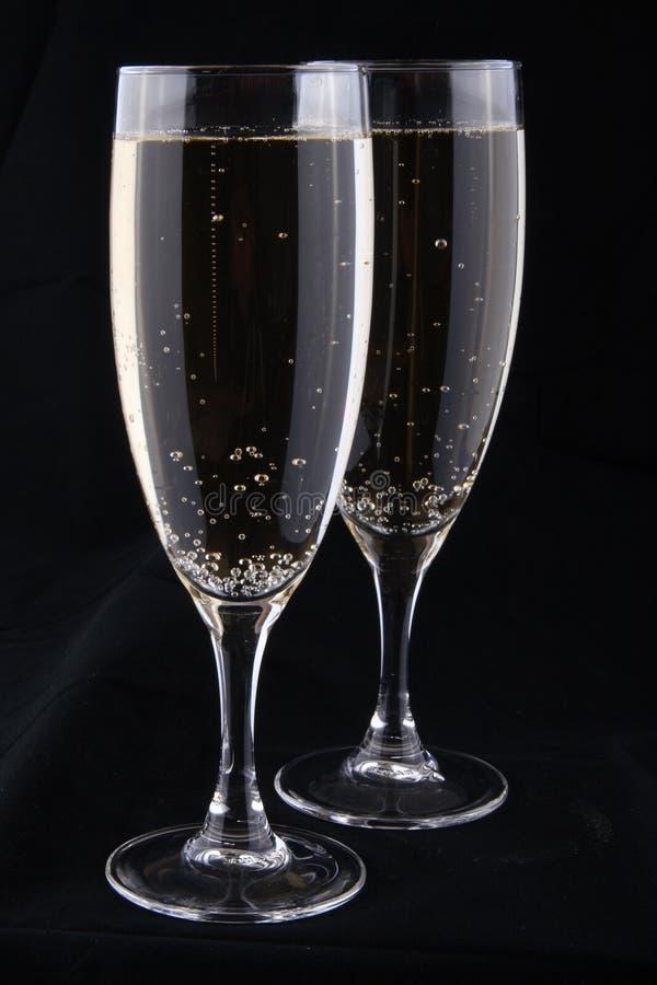 Vetri di vino bianco immagine stock libera da diritti