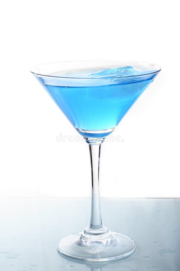 Vetro con il cocktail blu 3 fotografia stock