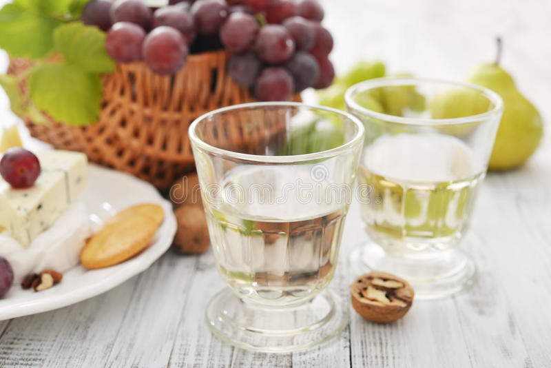 Vetro con vino fotografia stock