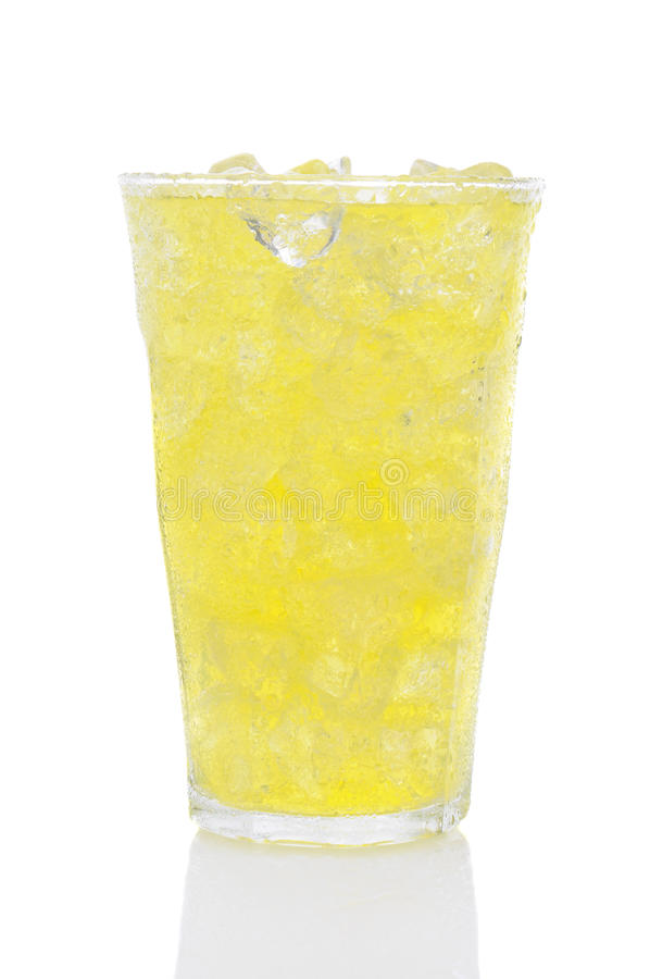 Vetro della soda e del ghiaccio della calce del limone immagine stock