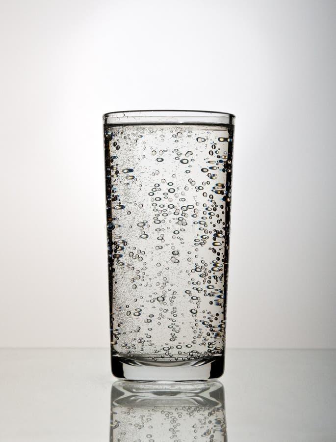 Download Vetro di acqua fotografia stock. Immagine di liquido, trasparente - 7314944