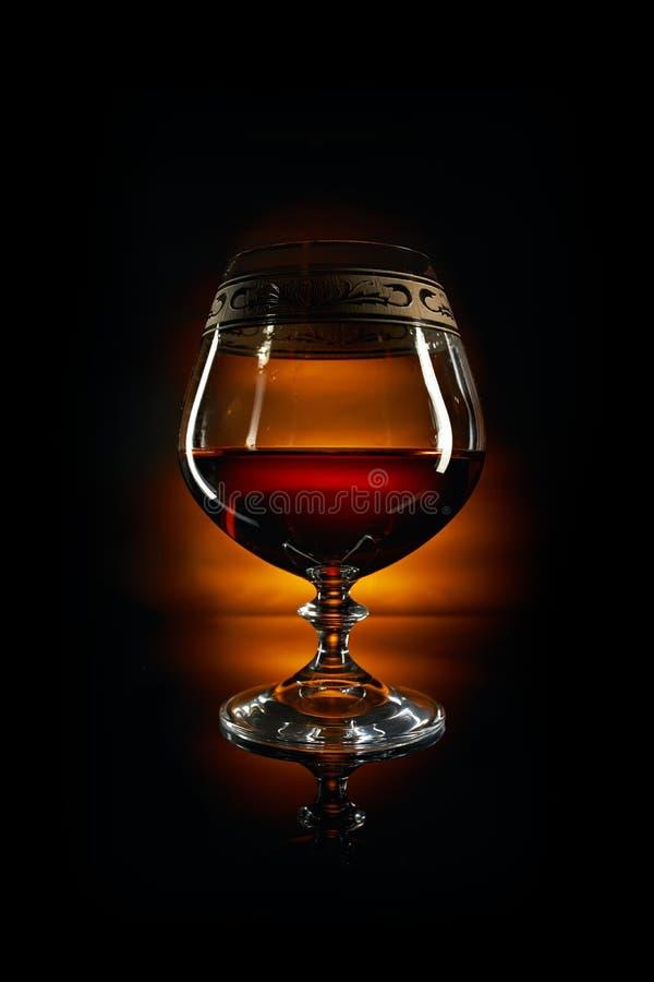 Vetro di brandy e di sughero fotografie stock libere da diritti