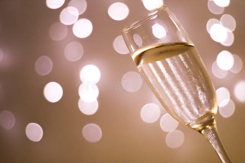 Vetro di Champagne nel partito immagini stock libere da diritti