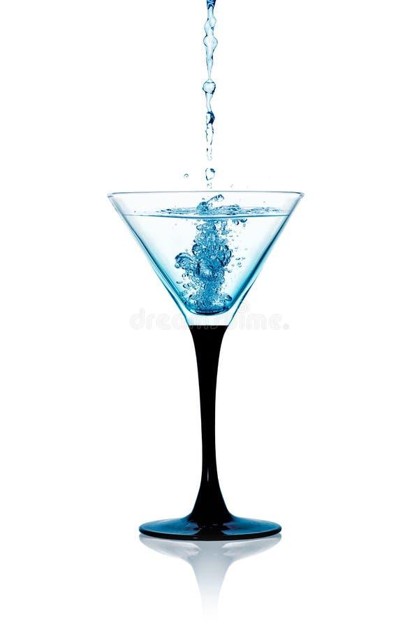 Vetro di Martini asciutto, Gin Cocktail Isolated immagine stock