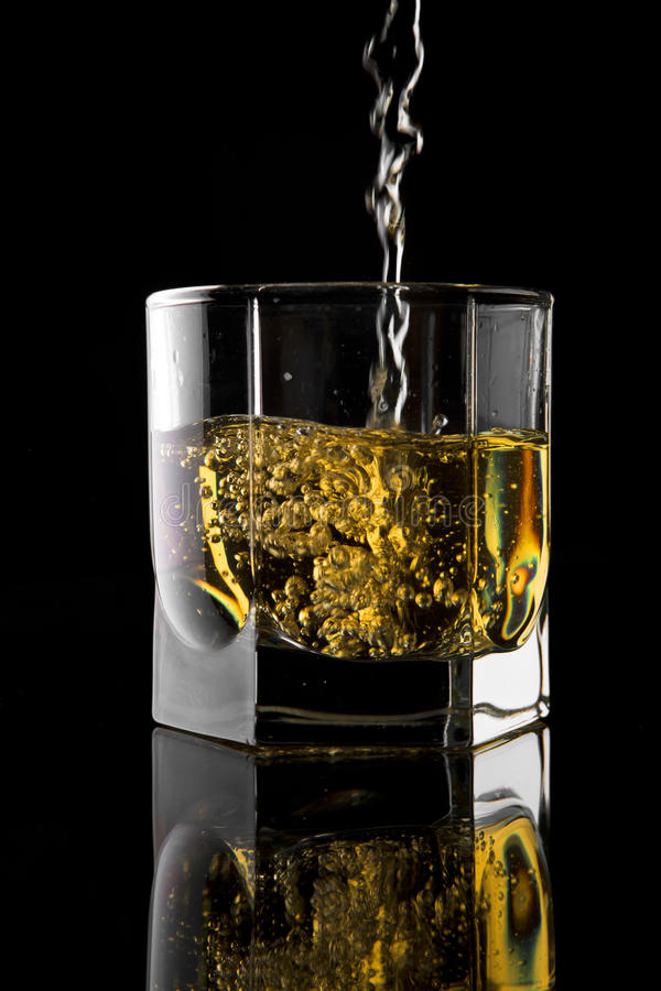 Vetro di whisky. fotografia stock
