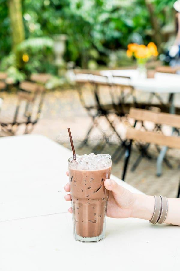 vetro ghiacciato del cioccolato immagine stock