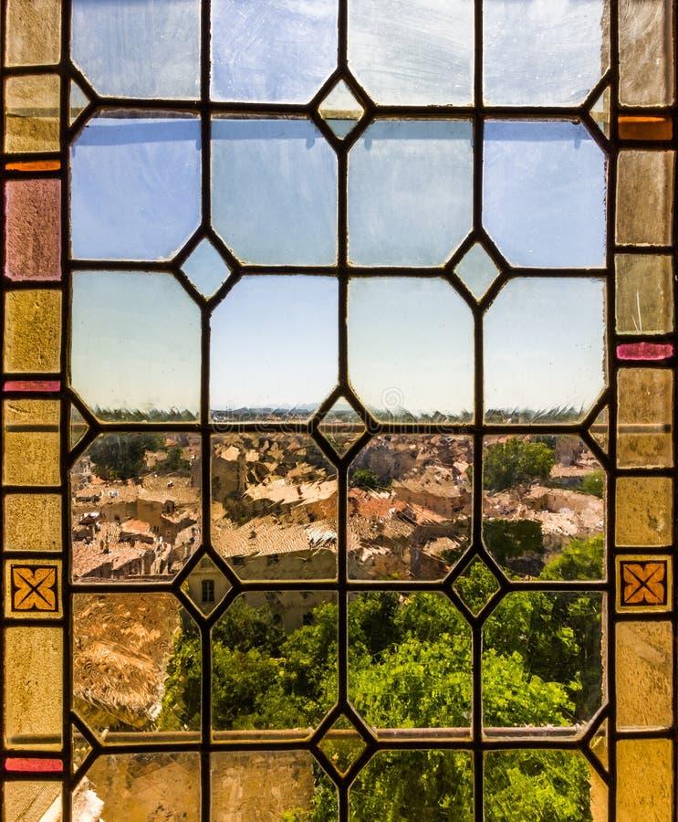 Vetro macchiato di Avignone fotografie stock