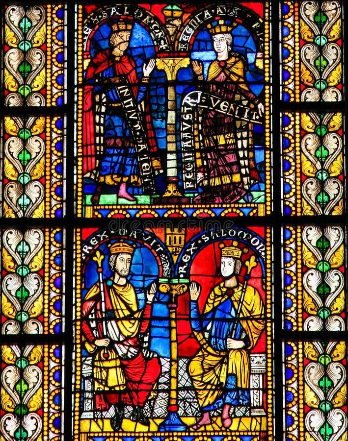 Vetro macchiato di re Solomon in cattedrale di Strasburgo immagine stock libera da diritti
