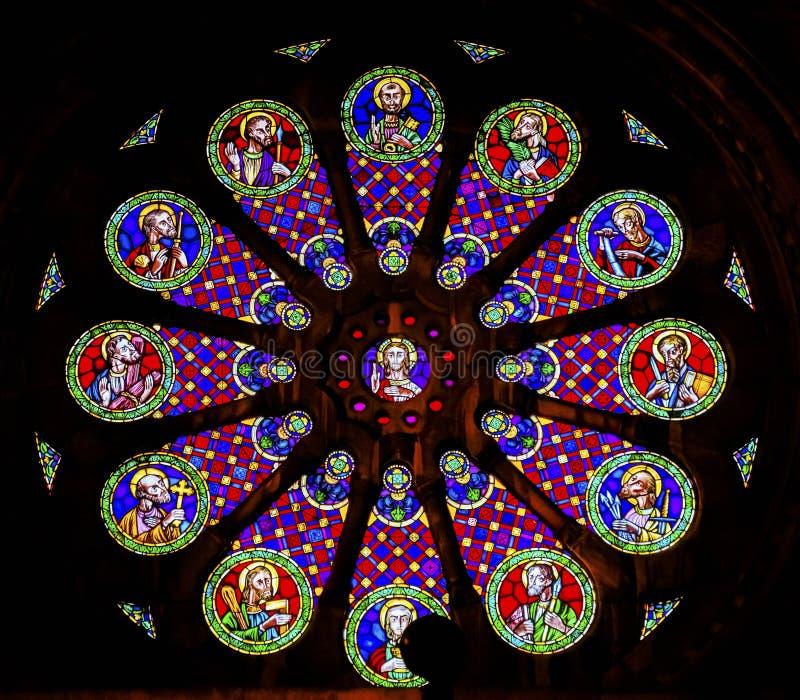 Vetro macchiato Jesus Disciples The Se Cathedral Lisbona Portogallo immagine stock