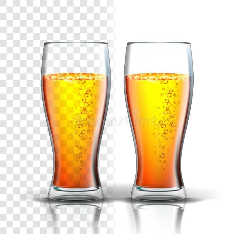 Vetro realistico con le bolle Lager Beer Vector royalty illustrazione gratis