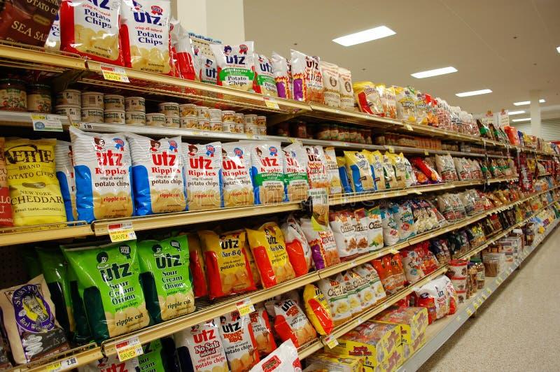 Vettige Snacks in de Supermarkt royalty-vrije stock foto