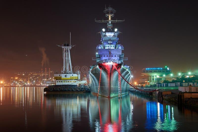 Vew порта Novorossiysk ночи стоковая фотография rf