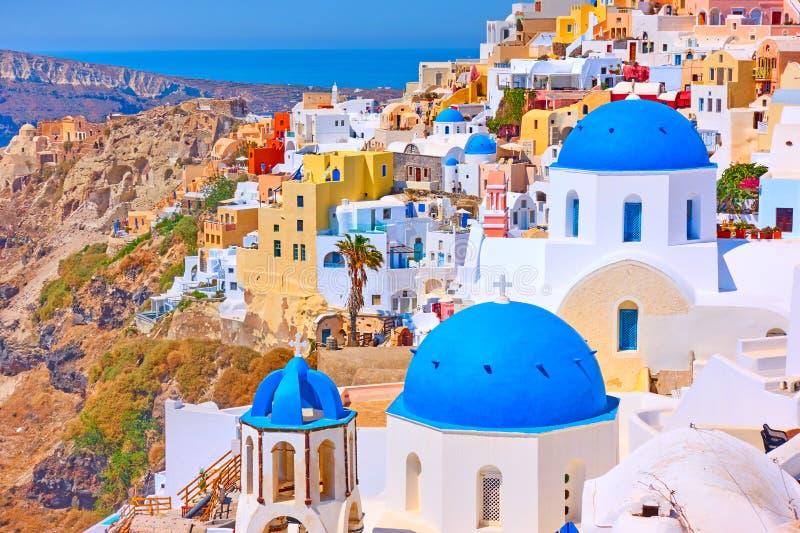 Vew panoramique de ville d'Oia dans Santorini image stock