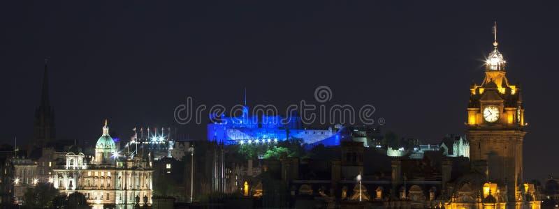 Vew panoramique sur le château d'Edimbourg images stock