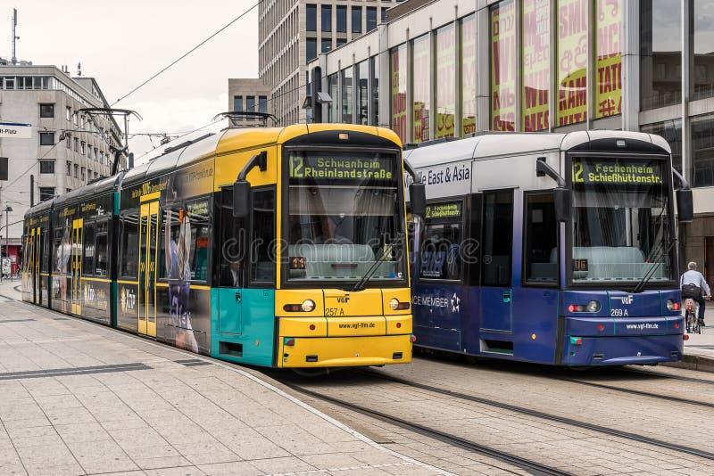 VGF tramwaje przy Willy Brandt sq w Frankfurt fotografia royalty free