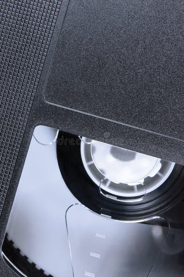VHS taśmy Makro- zbliżenie, ampuła wyszczególniał czarnego retro taśma wideo zdjęcia stock
