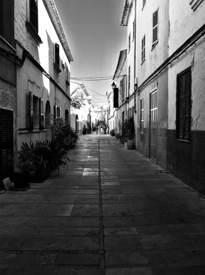 Via in Alcudia immagine stock
