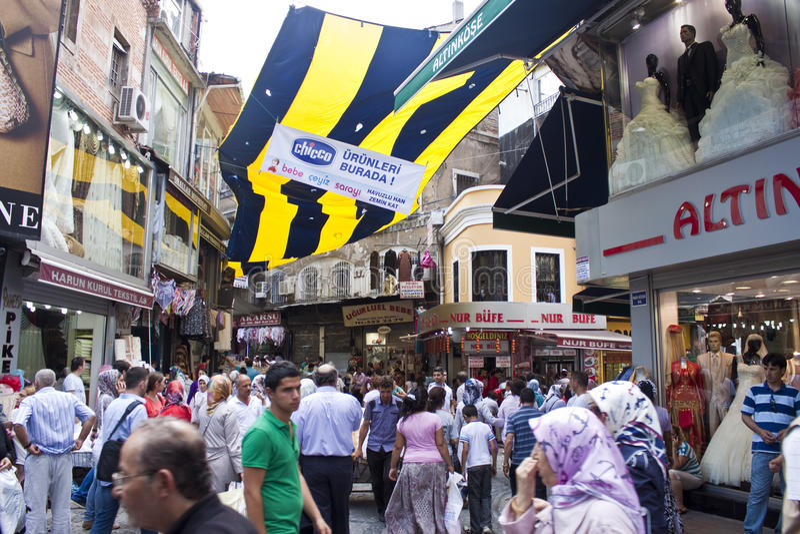 Via ammucchiata a Costantinopoli fotografia stock