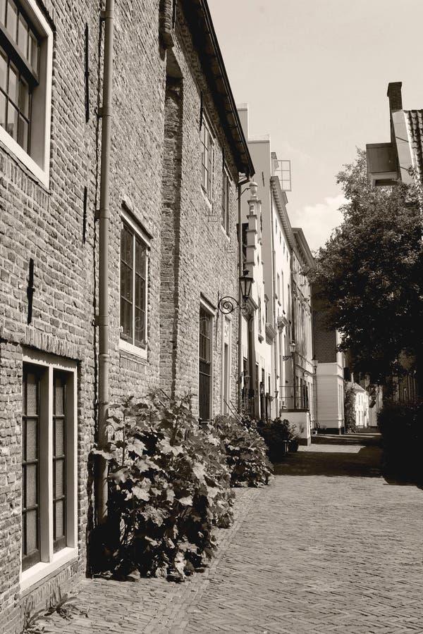 Via antica nel Muurhuizen, Amersfoort, Paesi Bassi fotografie stock libere da diritti