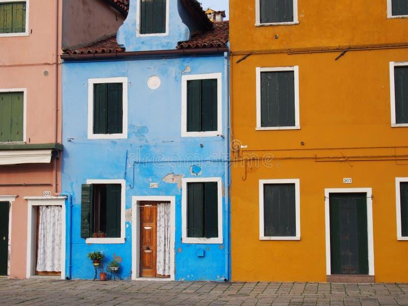 Via in Burano fotografia stock