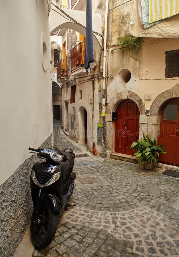 Via del Castello, Formia, Provinz Latina, Italien stockbilder
