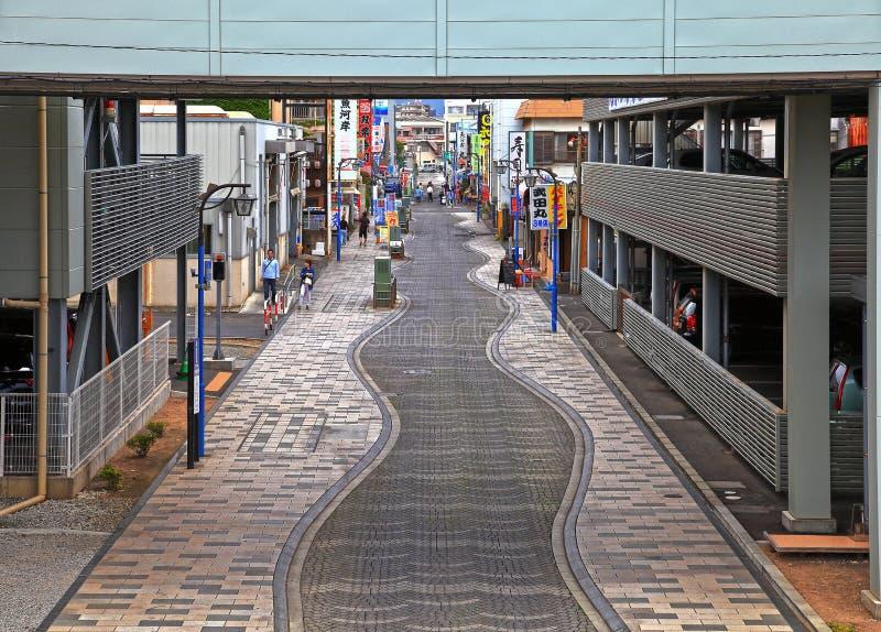Via del mercato al porto di Numazu immagine stock libera da diritti