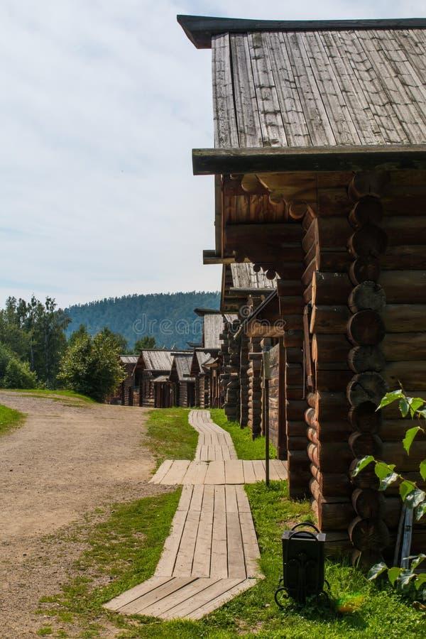 Via del villaggio nel museo all'aperto fotografia stock libera da diritti