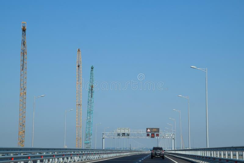 Via di accesso al ponte della Crimea immagine stock libera da diritti