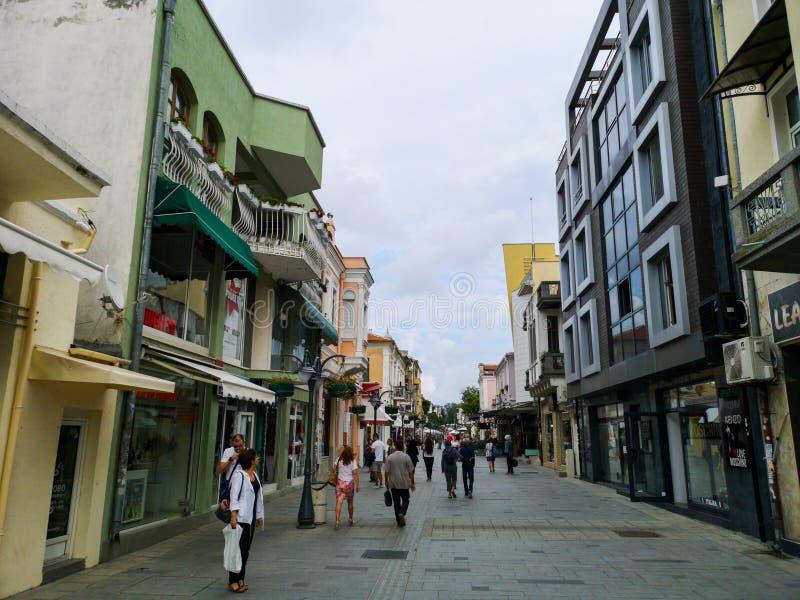 Via di Aleko Bogoridi, Burgas Bulgaria fotografia stock libera da diritti