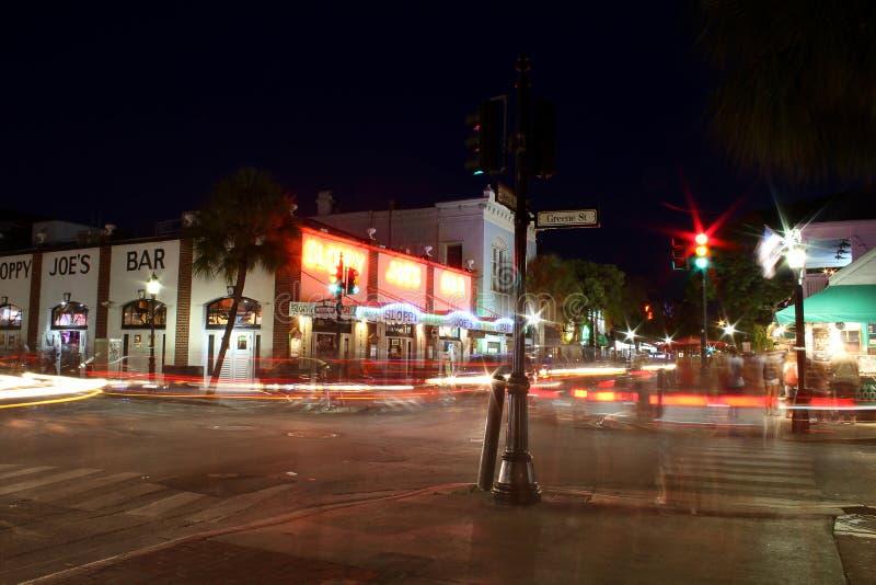 Via di Duval alla notte Key West Florida immagini stock libere da diritti
