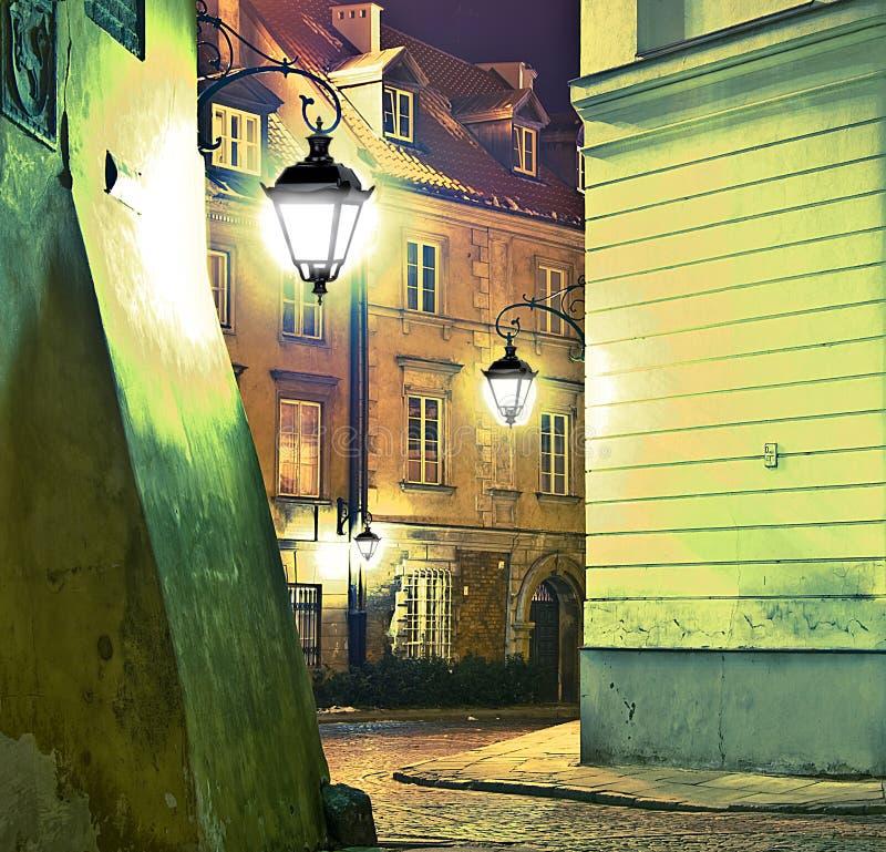 Via di notte immagini stock libere da diritti