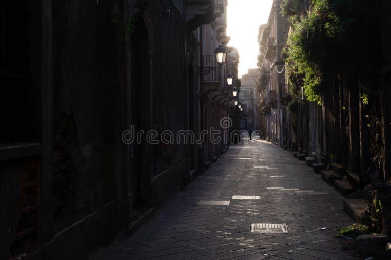 Via di San Berillo a Catania fotografie stock