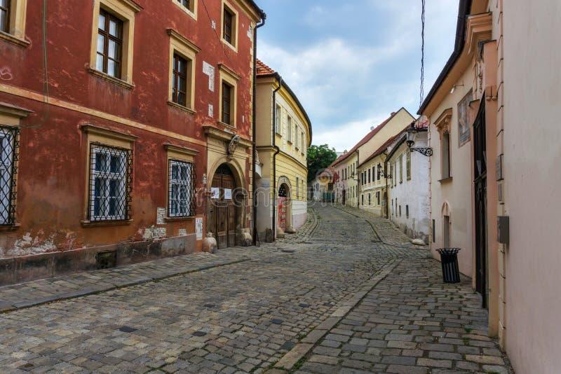 Via di ulica di Kapitulska a Bratislava fotografia stock libera da diritti