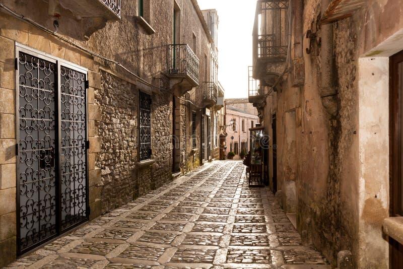 Via, Erice, Sicilia immagine stock