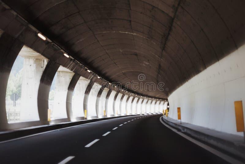 Via expressa do túnel foto de stock