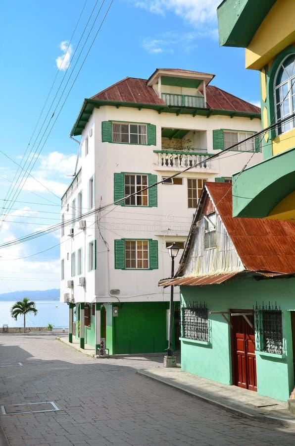 Via in isla de Flores Guatemala fotografia stock libera da diritti