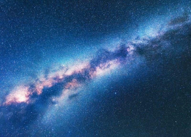 Via Látea Fundo do espaço com céu estrelado fotografia de stock royalty free