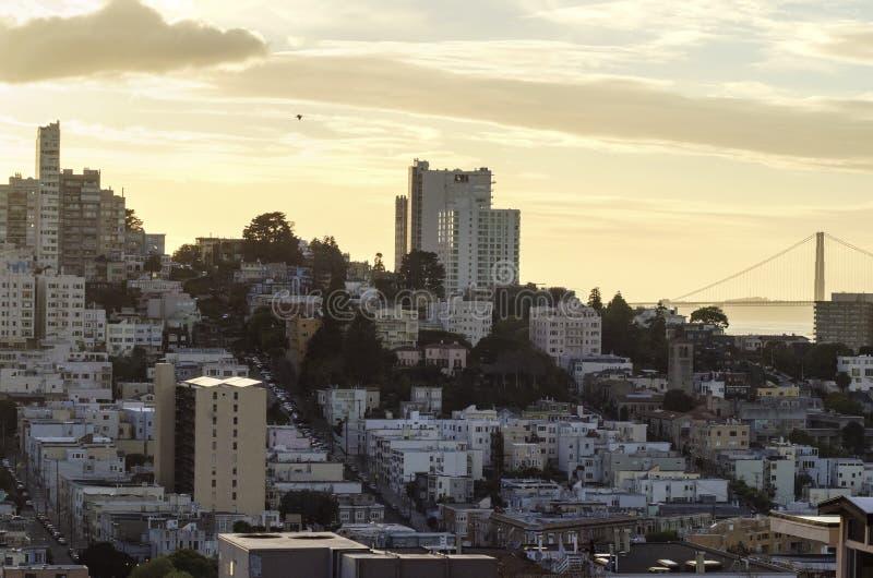 Via lombarda & golden gate bridge, San Francisco immagini stock libere da diritti