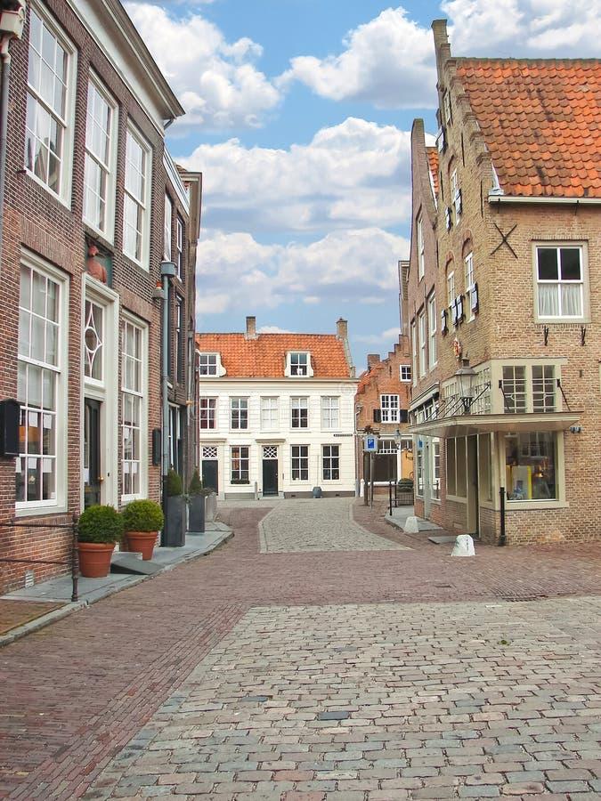 Via nella citt olandese di heusden fotografia stock for Architettura olandese