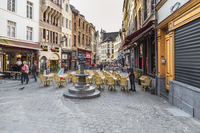 Via nella parte storica della citt? di Bruxelles fotografia stock libera da diritti