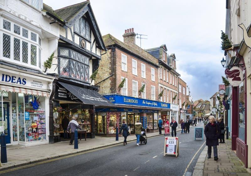 Via principale in Hythe, Risonanza, Regno Unito fotografia stock