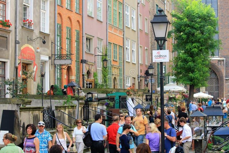 Via principale nella vecchia parte di Danzica, Polonia immagine stock
