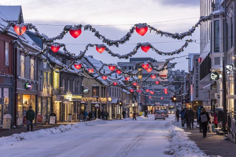 Via principale Tromsø Norvegia immagini stock libere da diritti