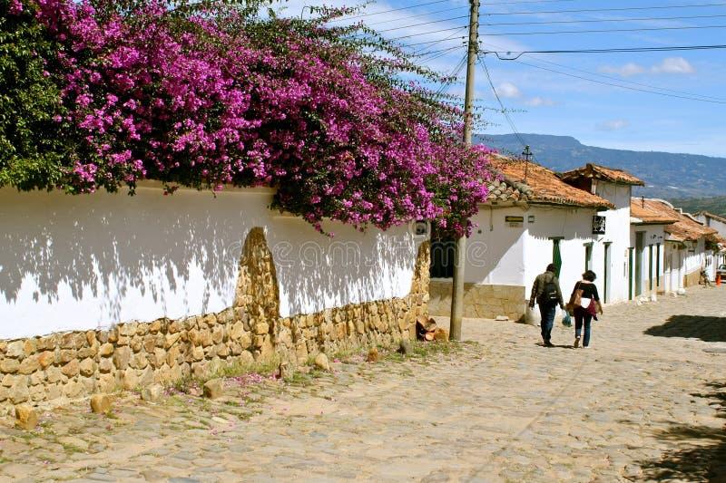 Via tipica di Villa de Leyva, Colombia fotografia stock libera da diritti
