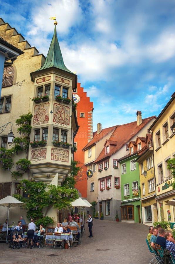 Via tipica in Meersburg, lago Constance immagine stock