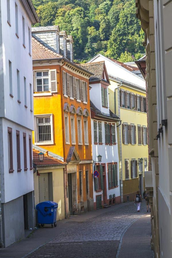 Via variopinta a Heidelberg fotografia stock libera da diritti