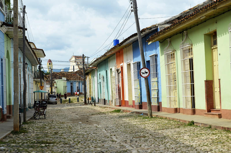 Via variopinta in Trinidad (Cuba) fotografia stock libera da diritti