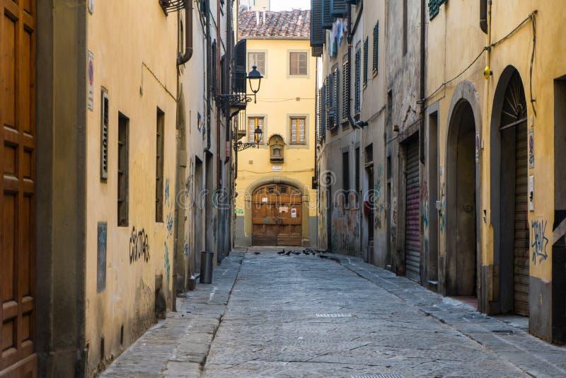 Via vuota a Firenze, Italia, 2014 immagini stock