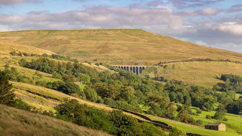 Viadotto capo dell'ammaccatura, vallate di Yorkshire, Cumbria, Regno Unito fotografie stock libere da diritti