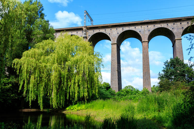 Viaduc de Digswell au R-U photographie stock libre de droits
